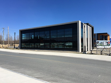 Building image ofLac Mégantic Service Canada Centre at 5400 Papineau Street in Lac-Mégantic