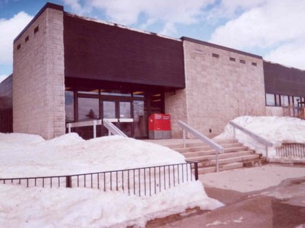 Building image of Chibougamau Service Canada Centre at 623 3rd Street in Chibougamau