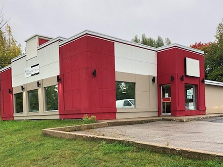 Photo de l'édifice du bureauElliot Lake - Centre Service Canada situé au 99, chemin Spine à Elliot Lake