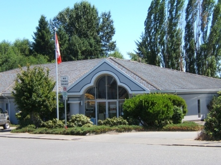 Building image of Comox Valley Service Canada Centre at 130 19th Street in Courtenay